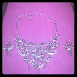 Jewelry - Fashion necklace and earrings set used